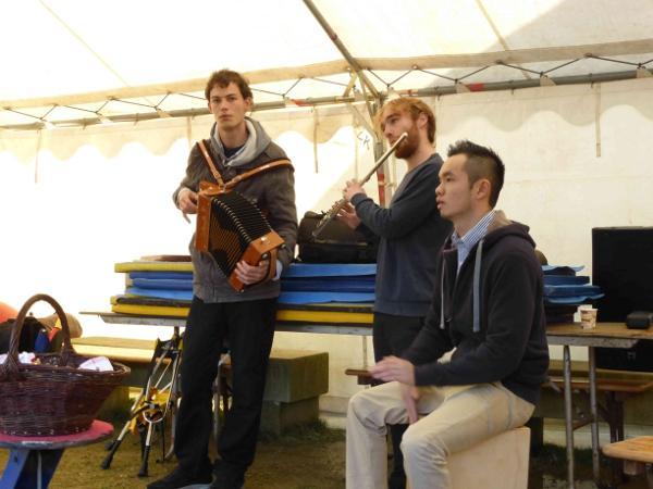 Musique Bretonne à Meneham - Marché de Noël 2013 - Avel Deiz