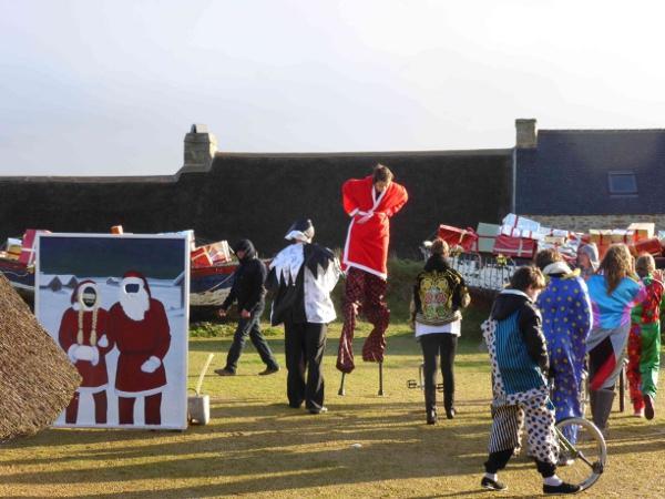 Le cirque à Meneham - 1 - Marché de Noël 2013